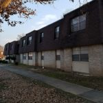 1120 E 9th St Apt 40 (Treeview) $530/$530